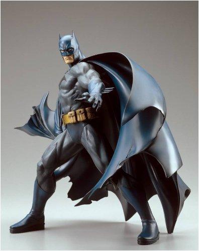 - DC Comics Batman Vinyl Statue by Kotobukiya New Edition
