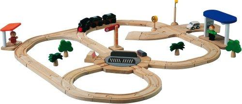 (PlanToys Road & Rail Turntable Play Set)