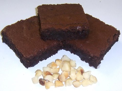 Scott's Cakes Brownies with Macadamia Nuts in a 1 Pound White Bakery Box