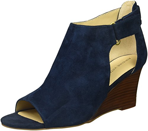 ADRIENNE VITTADINI Footwear Women's Riva Wedge Sandal, Navy, 6.5 M US (Adrienne Vittadini Wedge Shoes)