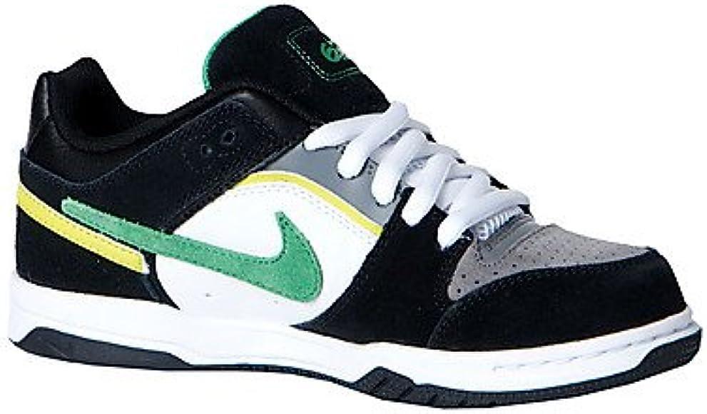 Nike Women's Wmns Tanjun Trainers Green
