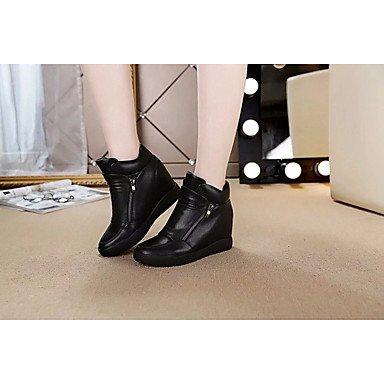 La mujer Confort Botas de cuero pu Primavera Casual plana en blanco y negro Black