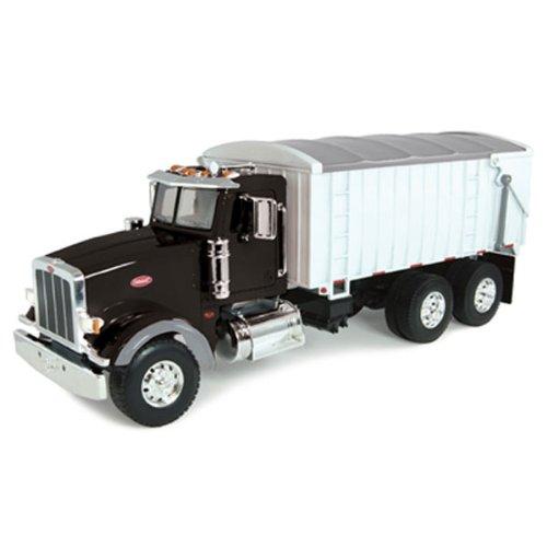 ERTL Big Farm 1:16 Peterbilt Model 367 Truck with Grain Box