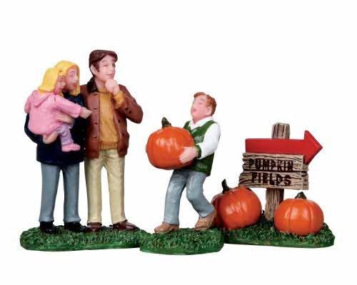Lemax Perfect Pumpkin Set of 3 Halloween Village Figurines]()