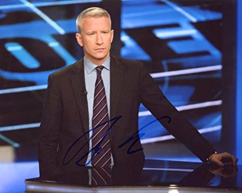 ANDERSON COOPER - CNN Newsroom AUTOGRAPH Signed 8x10 Photo