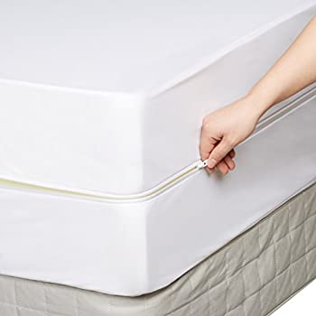 Amazonbasics Fully-encased Waterproof Mattress Protector - Queen, Standard 12 To 18-inch Depth 3