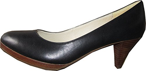 Heel made from genuine leather, simple and lovely in Black Nero (nero)