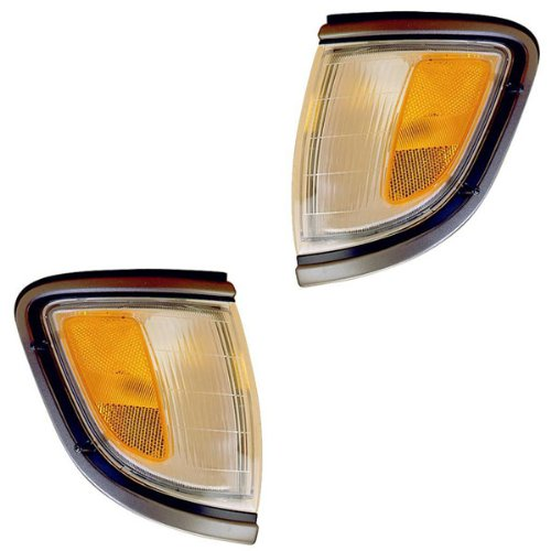 1995-1996 Toyota Tacoma Pickup Truck (2WD 2 Wheel Drive) Corner Park Light Turn Signal Marker Lamp with Black Trim Pair Set Right Passenger And Left Driver Side (95 96) (Toyota Tacoma Truck Corner)