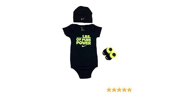 670a1855895 Amazon.com  Nike Baby Clothes 3-piece Set