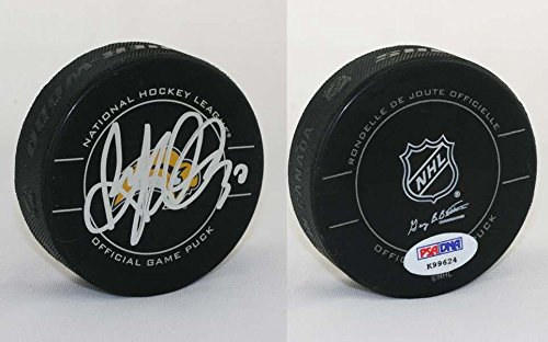 Autographed Ryan Miller Puck - Official - PSA/DNA Certified - Autographed NHL Pucks ()