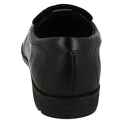 Clarks paso de Willis bootleg slip de niños en los zapatos de la escuela Black Leather