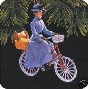 Rare Miss Gulch on her bike Wizard of OZ 1997 Hallmark Ornament ()