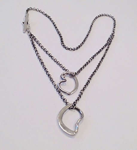A Timeless Sterling Silver Pendant Necklace, 16