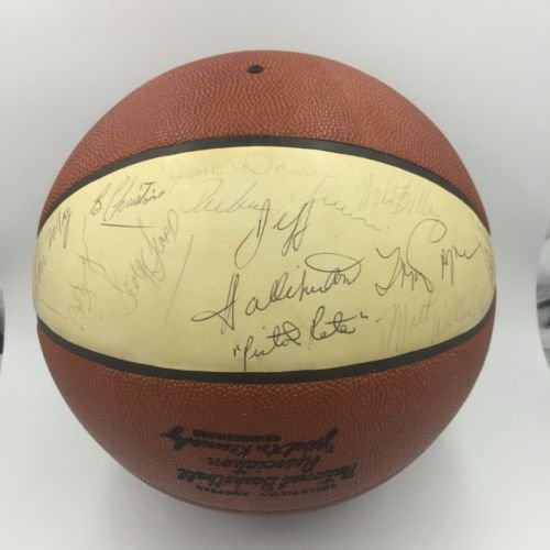Pete-Maravich-Rookie-1971-72-Atlanta-Hawks-Team-Signed-NBA-Basketball-JSA-COA