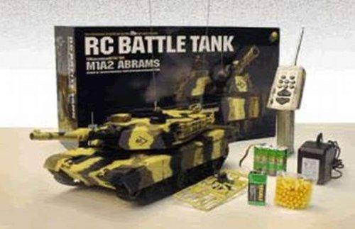 M1A2 ABRAMS 1:24 R/C Airgun Battle Tank / US-Kampfpanzer mit echter Schussfunktion, 6mm BB Geschosse, RC, RTR - Ready to Run