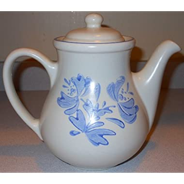 Pfaltzgraff Yorktowne Coffee Pot with Lid
