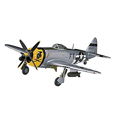 Hasegawa 00138 1/72 P-47D Thunderbolt: Toys & Games