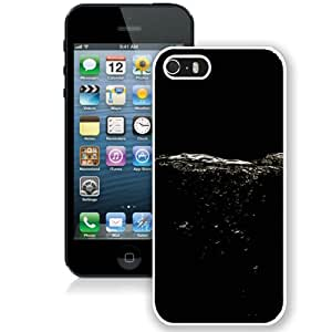 Fashion iPhone 5S Black Abstract Water Division White Screen Cover Case Fashion and Hot Sale Design