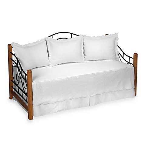 Matelasse Daybed Bedding Set in White by Matelasse Daybed