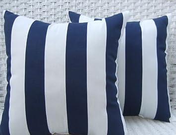 Amazoncom Set of 2 IndoorOutdoor 20 Decorative Throw Pillows