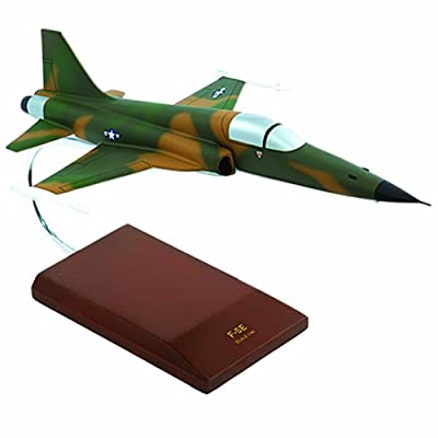 Mastercraft Collection F-5E Tiger II Scale: 1/40