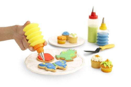 Kuhn Rikon Cookie and Cupcake Decorating Set