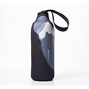 """Bottleskinn by BBBYO Neoprene Insulated Carry Cover - 170z/500ml and 25oz/750ml sizes. Fits BBBYO, S'well, Minimal, Mira, Water Vault and Cayfit """"cola"""" style steel bottles (Black Wave, 25oz/750ml)"""