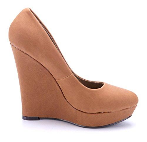 Schuhtempel24 Damen Schuhe Keilpumps Pumps Camel 9 cm