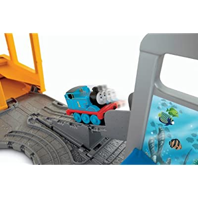 Fisher-Price Thomas & Friends, Take -n-Play Shark Exhibit: Toys & Games