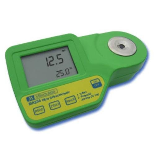 Milwaukee Instruments MA884 Digital Refractometer Grape Juice by Milwaukee