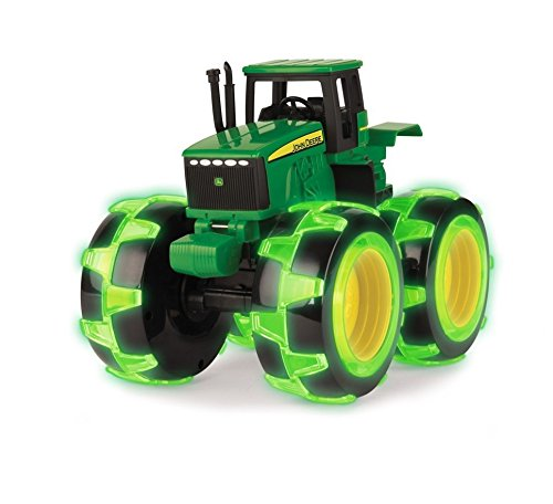John Deere Monster Treads Lightning Wheels, Tractor