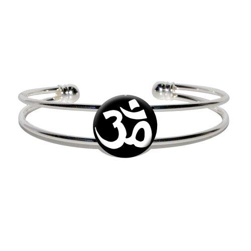 Aum Yoga Namaste White Black