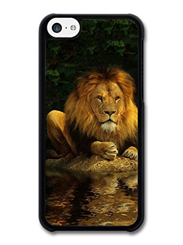 Lion Reflecting on Water coque pour iPhone 5C