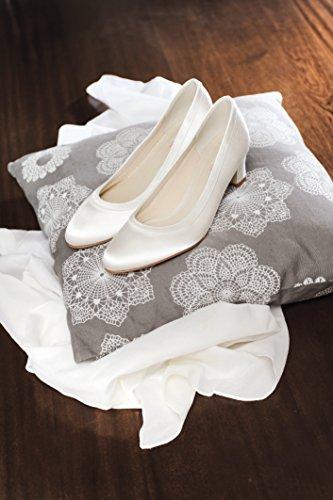 Pumps Ivory Creme Hochzeitsschuhe Blockabsatz Brautschuhe Satin Rainbow Creme Ramona Ivory Club qpcZCw6t