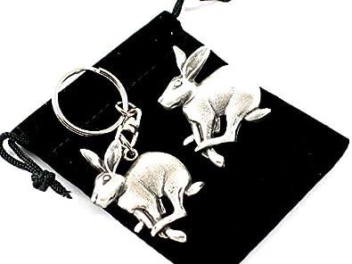 Mad March hare pewter brooch and keyring set AfmjjgmqL