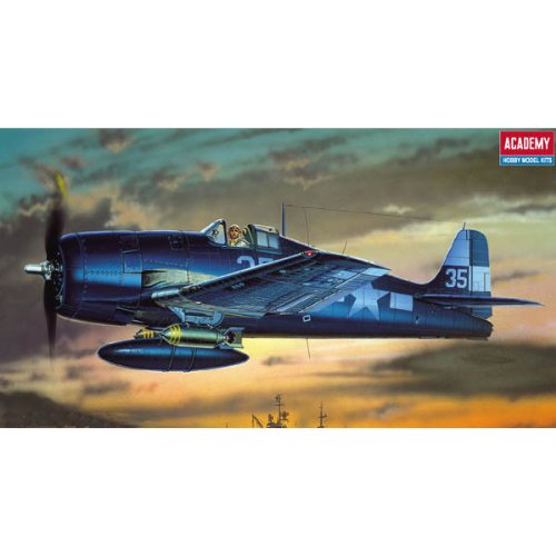 Review Academy WWII U.S. Navy Fighter F6F-3/5 Model Kit