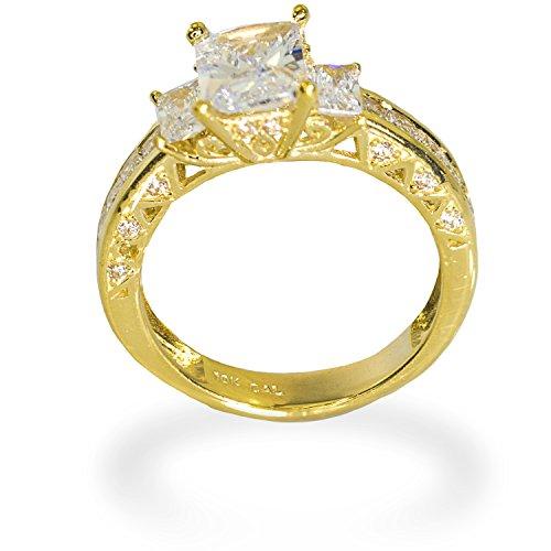 IcedJewels 4.52 cttw Emerald Cut CZ 10K Yellow Gold 3 Stone Engagement Ring, 5.5 ()