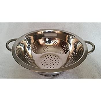 The Platinum Chef Best Food Polished Stainless Steel Colander With The One Of A Kind Artistic Pineapple design is a Pleasure To Look At As Well As It's Culinary Value With Easy Grip Handles Is Rust Resistant With Easy Cleanup.