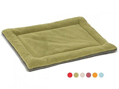 GabeFish Dog Outdoor Indoor Traveling Car Sleeping Bed Feeding Crate Mat Pet Polar Fleece Plain Floors Nap Pad For Cat Green/Thick Medium ()