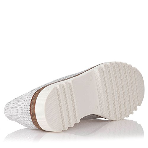 Zapatos Plateados con cordones para Mujer.