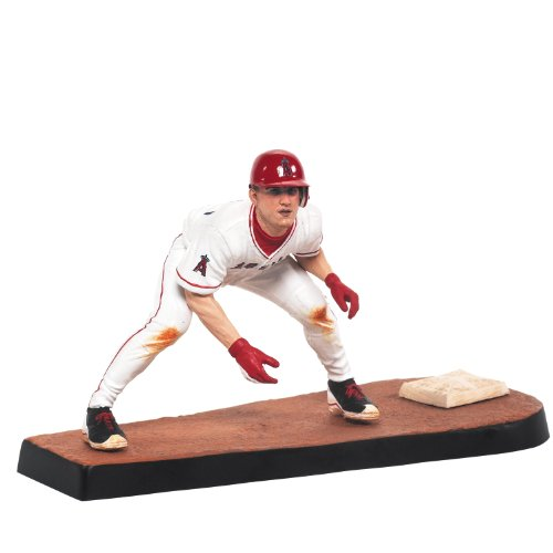MLB Series 31 Mike Trout Figure ()