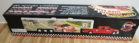 7-eleven-race-team-support-vehicle-set-with-citgo-race-car