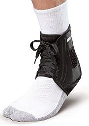 Mueller XLP Ankle Brace, Black, Medium, Women\'s 10-12, Men\'s 9-11