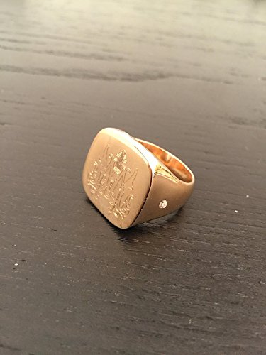 Crest ring, Gold Signet Ring, Personalized Jewelry, Handmade Design