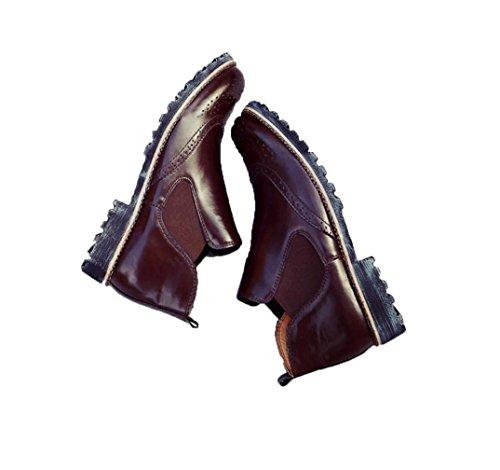zapatos casuales de los nuevos hombres de la alta ayuda zapatos de la marea de tendencias zapatos transpirables talladas manera de los hombres poner un pie perezoso Brown