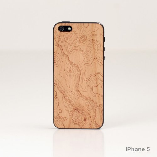 Lazerwood 21600 Holz Cover für Apple iPhone 5/5S inkl. Displayschutzfolie Topo-Cherry