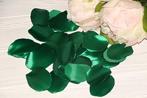Green Rose Petals, Set of 100, Satin Rose Petals, Green Wedding, Flower Girl Petals, Emerald Green Wedding, Aisle Runner Petals, Cake Table Decor, Bridal ()