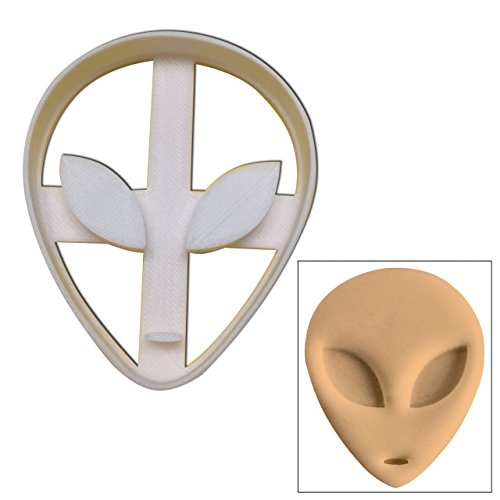 Alien Cookie cutter, 1 pc, Perfect for spooky Halloween parties]()