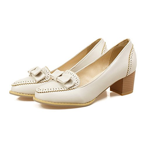 AllhqFashion Damen Weiches Material Ziehen auf Rund Zehe Mittler Absatz Pumps Schuhe Cremefarben
