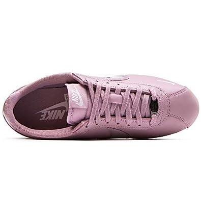 Nike Women s 629684 Suede Running Shoe